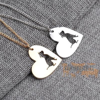 PITBULL - náhrdelník s přívěskem ve tvaru srdce - zlatý 1ks